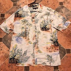 Tommy Hilfiger Hawaiian button down shirt